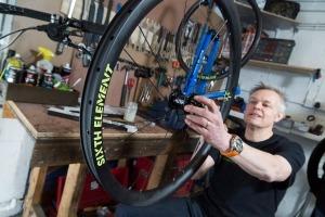 Sixth element carbon wheels